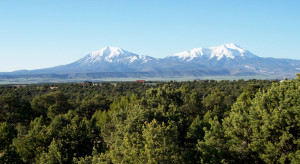Spanish Peaks summer looking S